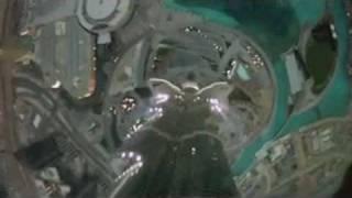 Base Jump world record dal Burj Khalifa di Dubai - un salto da 672 metri