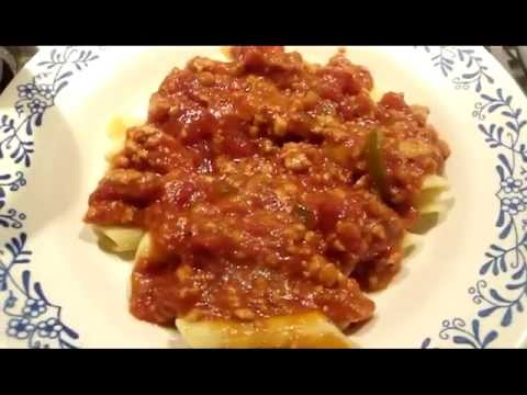 Pasta sauce with minced chicken breast instead of red meat.