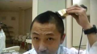 Repeat youtube video ワンズオン元店長のヘアースタイル講習会 ボーズ編 その2
