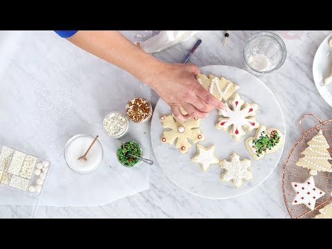 The Williams Sonoma Guide to Decorating Holiday Cookies