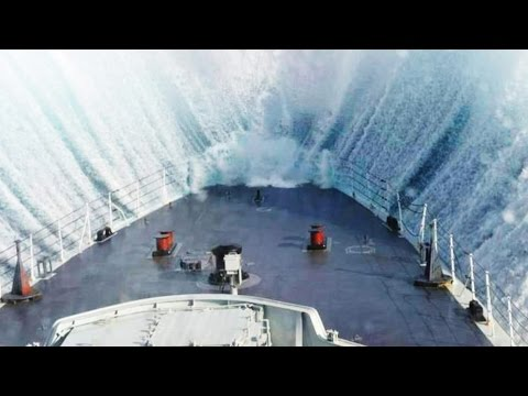 SHIPS FIGHTING with STORM !! - SHIPS in STORM - INCREDIBLE VIDEO