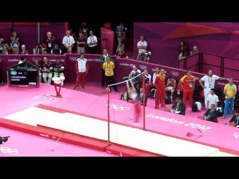 スイスオリンピック・ミュージアム=東京五輪メダル、体操内村のユニフォームも展示 体操男子のロンドン五輪代表が26日東京都内で強化合宿を公開した
