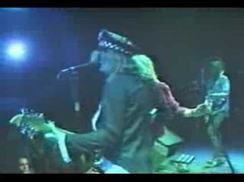 ENUFF Z' NUFF She Wants More (Live)