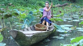 Cooking fried water spinach in my village