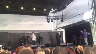 ATMO music - Ráno ft. Jakub Děkan - Majáles 2015 Praha