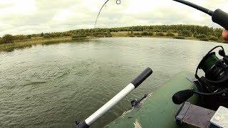 Жесткий спиннинг загнуло в пол!!! Рыбалка на спиннинг.Осень 2018. Поймал Рыбу, Грибы на Острове!