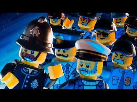Pirates vs. City Police - LEGO - The Misadventures of Brickbeard #2