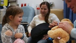 Repeat youtube video Magic For Kids At Children's Hospital