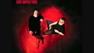 Watch Proclaimers Here It Comes Again video