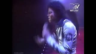 Michael Jackson - I Want You Back & The Love You Save - Live Bad Tour London 1988 - [HD]