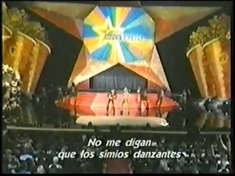MTV 2001 Movie Awards - Jimmy Fallon, Kirsten Dunst Intro