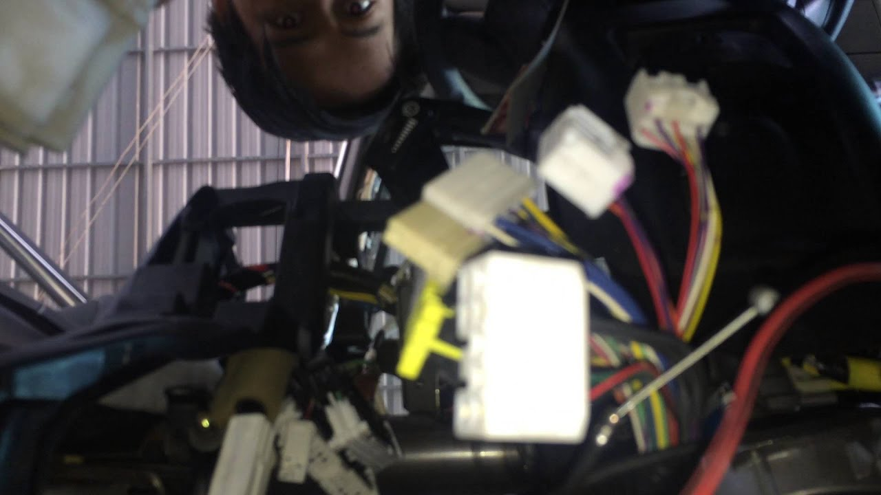 hight resolution of remove body fuse box on toyota prius 2000 2005