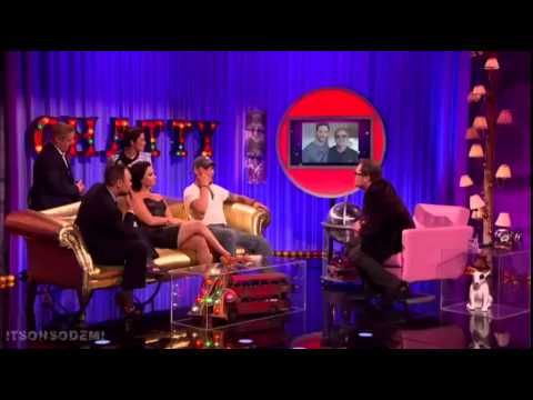 Demi Lovato being interviewed and performing Cool For The Summer  Alan Carr: Chatty Man