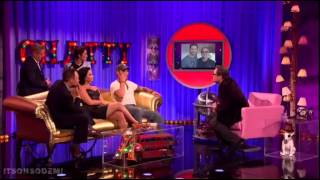 Demi Lovato being interviewed and performing Cool For The Summer on Alan Carr: Chatty Man