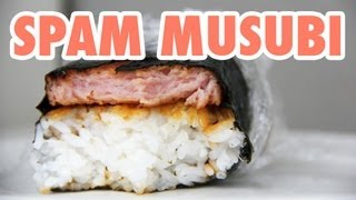 Eating Spam Musubi - The Hawaiian Way