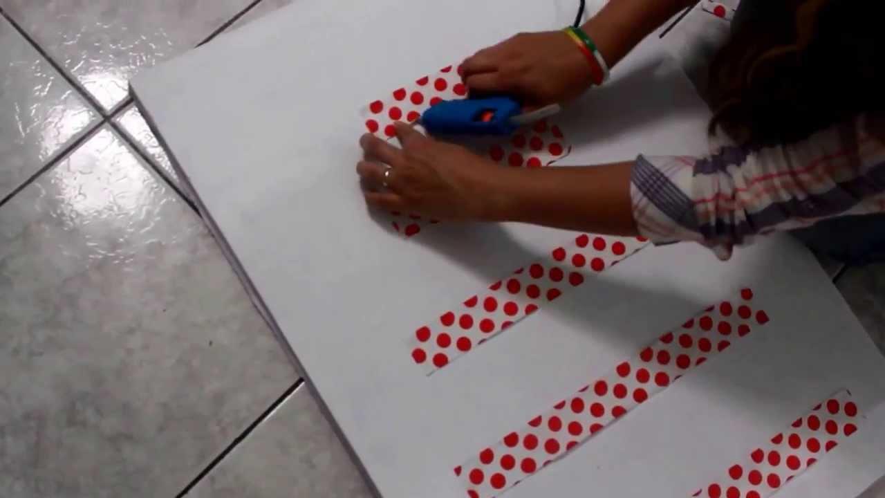 DIY decoraç u00e3o de Natal super simples YouTube -> Decoração De Natal Simples E Barata Para Mesa