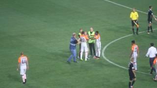 Дарио Срна спас фаната от стюардов