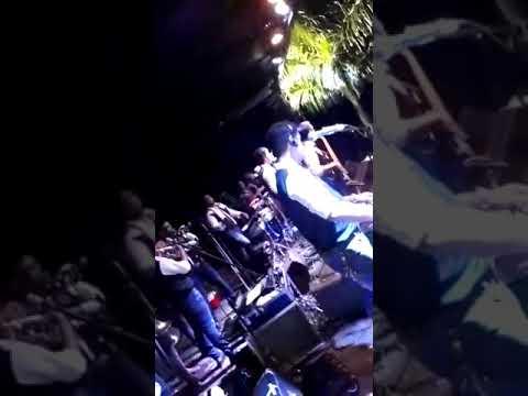 Colorado con Banda Renacer y Leo Vergara
