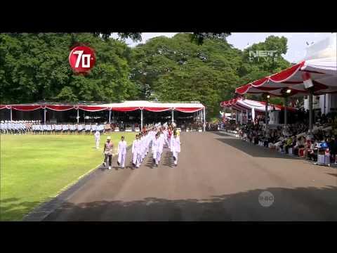 Upacara Pengibaran Bendera Merah Putih di Istana Negara - 17 Agustus 2015