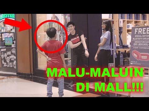Jadi Patung Sampai Jatoh Di Mall!! With Fatimah Halilintar