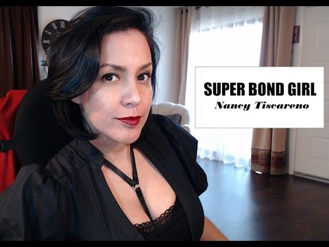"""""""The USA doesn't have an 'official' language"""" - The Super Bond Girl Show (Episode No. 17)"""