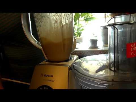 Вопрос: Как сделать сливочное масло в кухонном комбайне за две минуты?