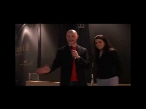 """LUXURY & YACHTS 2009 Alessandro Fizzotti presentatore dello speciale """"tg nautic news"""""""