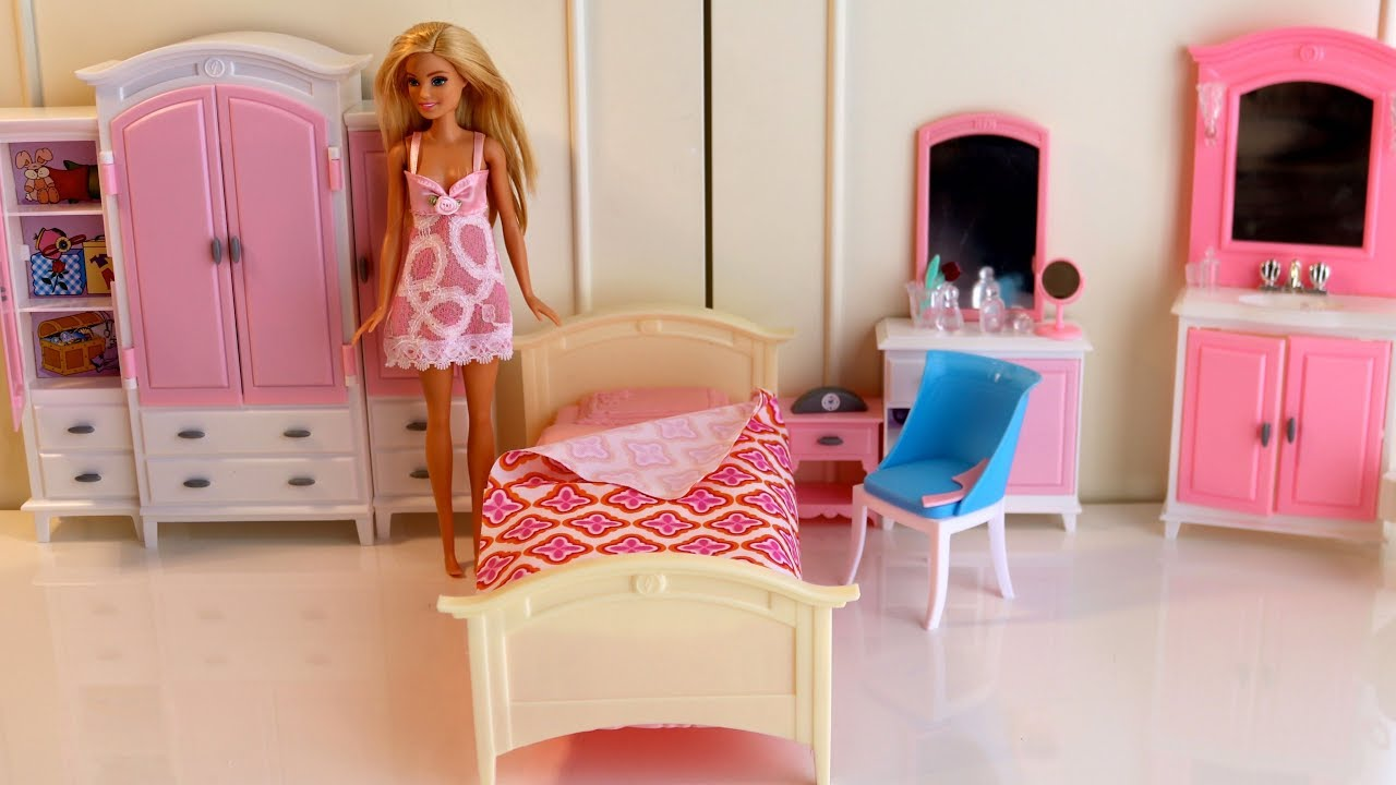 Barbie Bedroom In A Box: My Fancy Life Barbie Pink Bedroom Dollhouse Furniture Set