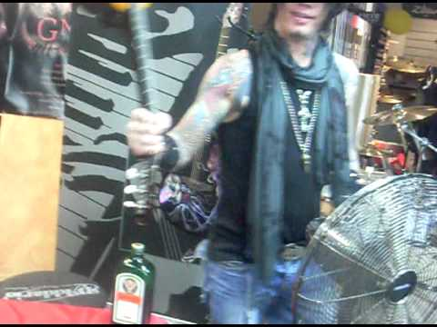 Bumblefoot Iron Maiden Cover, DJ Ashba Smashing A Guitar