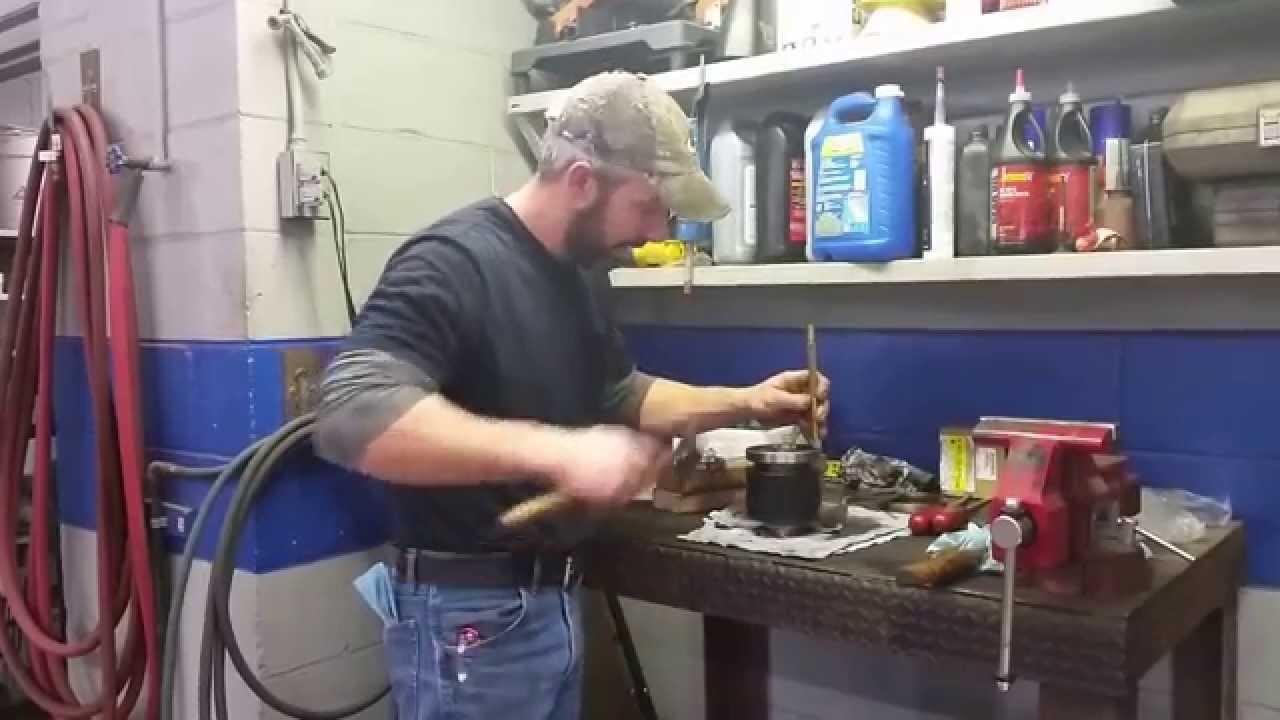 Repair Rear Differential Noise Pontiac Vibe / Toyota Matrix AWD