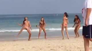 شاهد اروع ماتش كوره لبنات برازيليات علي البحر ( ممتع )