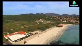 Il drone della polizia locale sorvola il litorale di Olbia