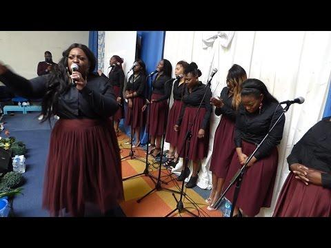 Ministère de la Parole (Medley) - Nous glorifions ton nom, Je chanterai ta fidélité