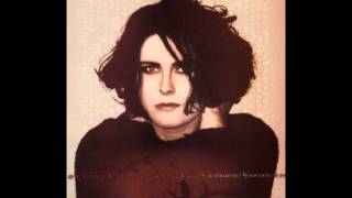 Watch Alison Moyet Find Me video