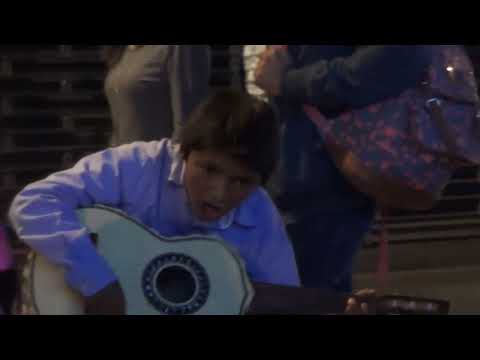Street Kid guitarist with extraordinary talent in Mexico