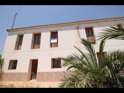 Macisvenda 6bed 3bath villa in town 3027
