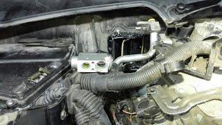 BMW E60 сгнил испаритель и ТРВ кондиционера. Не работает кондиционер на БМВ.