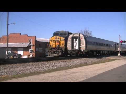 Killer Running Meet between Trailing New CSX GP40-3 & Amtrak