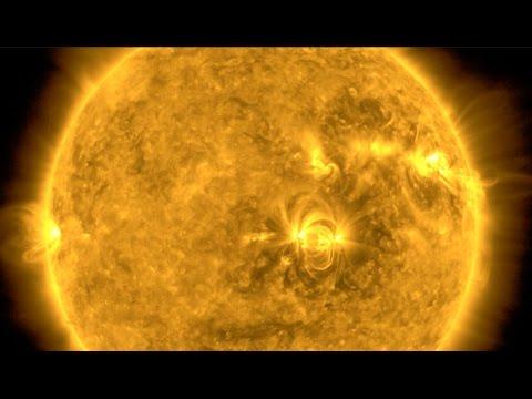 Solar Flare Surge, Seismic Warning | S0 News Apr.3.2017