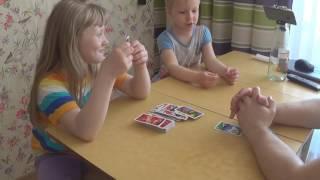 Карточная игра UNO:Cars с детьми (УНО:Тачки) (Mattel)