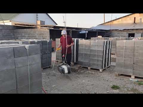 Мобильный подъемный кран для строительства из Идеа Блоков