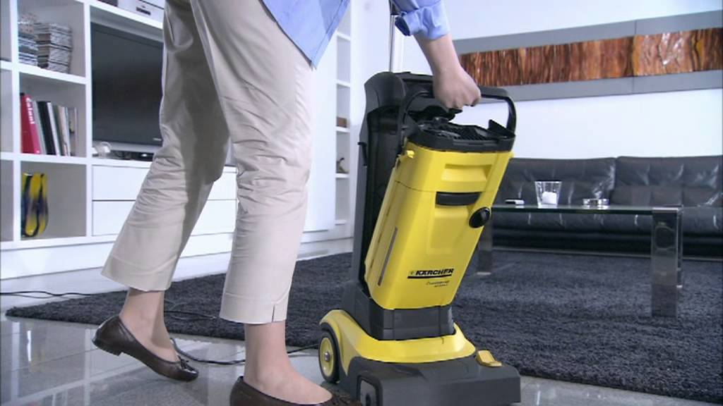 karcher autolaveuse rouleau brosse compacte br 30 4 c youtube. Black Bedroom Furniture Sets. Home Design Ideas