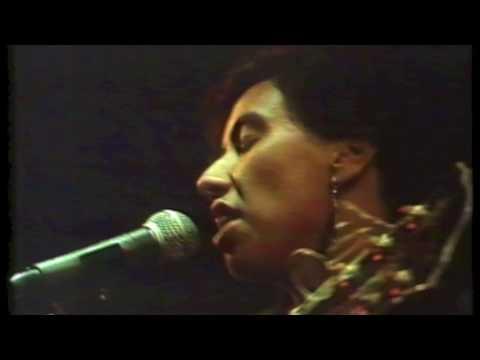 Mahinaarangi Tocker - Her Song (live 1988)