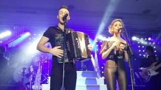 Nathan Carter and Niamh McGlinchey Fairytale of New York Charleville 18/12/16
