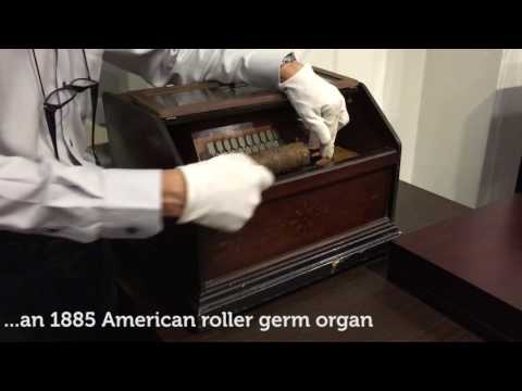 Visit: Singapore Musical Box Museum — listen to music the old way!