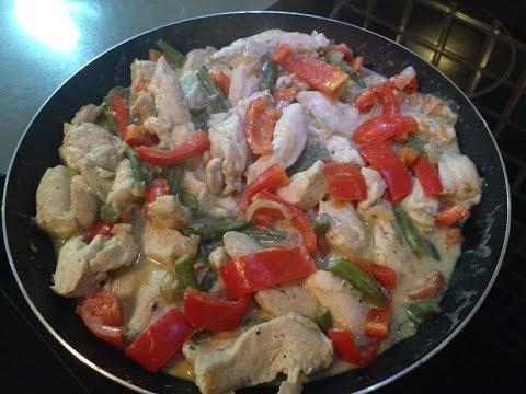 Рецепт: Маринованная куриная грудка, запеченная в духовке