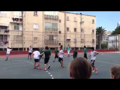 למעלה טורניר כדורגל 3 בית ספר א.ד.גורדון, גבעתיים - YouTube JC-66