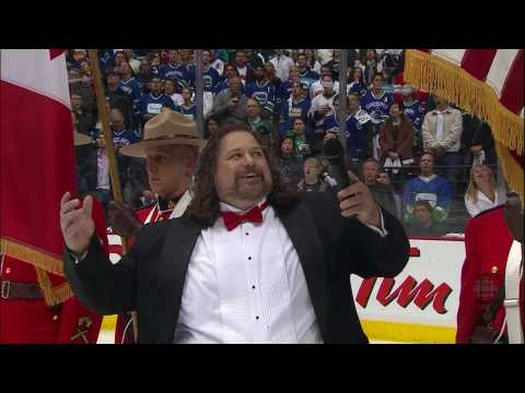 Canadian and American National Anthems – Game 1 – Canucks Vs Kings – 04.15.10 – HD