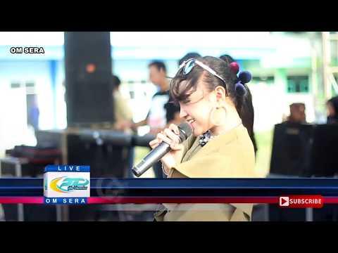 Cerita Anak Jalanan - Jihan Audy - OM Sera Live SMKN 1 Kediri 2017