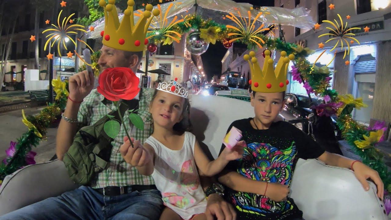 КАТАЕМСЯ НА КАРЕТЕ ЛИМУЗИНЕ как принцессы и принцы - YouTube